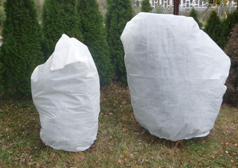 Frostschutzhaube für Pflanzen in verschiedenen Größen